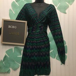 BCBG LARGE patterned green dress